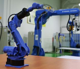 ลักษณะ Articulate Robot หรือ แขนกล