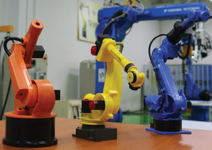 ตัวหุ่นยนต์ยี่ห้อต่างๆ