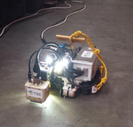 การออกแบบพัฒนาชุด 'MagCrawler' ที่สามารถตรวจสอบรอยร้าวของท่อส่ง พลังงานใต้ทะเลลึก