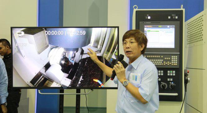 มากิโน เปิดตัว เครื่องกัด 5 แกน 5-Axis Milling  แม่นยำ คุ้มค่า และรวดเร็ว