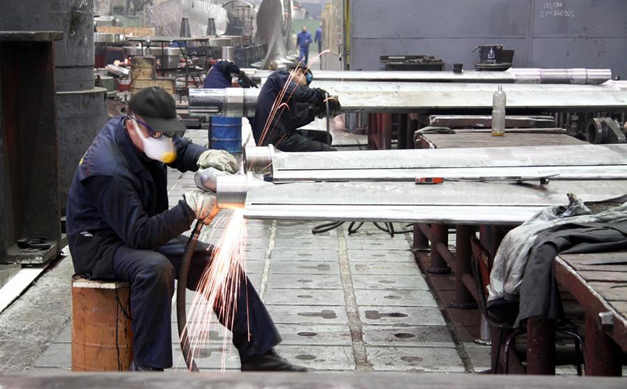 อุตสาหกรรมเยอรมนียอดร่วงครั้งแรกในรอบปี