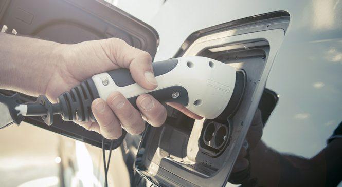 จับต้น… ชนปลาย อนาคตใหม่ของยานยนต์ไฟฟ้า