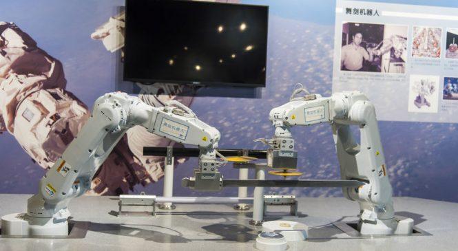 จีนผลิตหุ่นยนต์ทะลุ 100,000 ตัว ในเวลา 10 เดือน