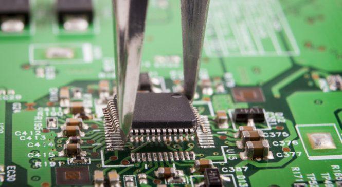 Tim Cook แนะจีนเน้นนวัตกรรมการผลิต