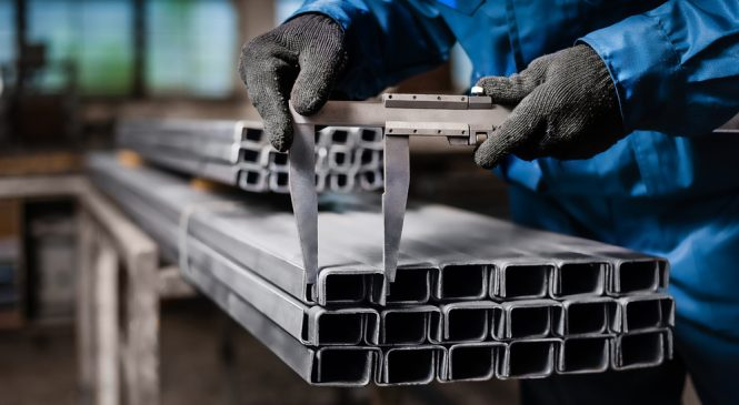 มาดูกันว่าถุงมือกันบาดจะป้องกันอะไรในโรงงานได้บ้าง