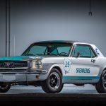 SIEMENS เปลี่ยน Ford Mustang ปี 1965 เป็นยานยนต์อัตโนมัติ
