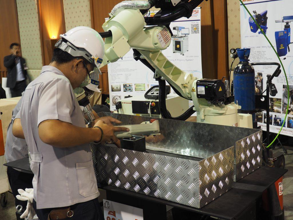 พื้นที่จัดกิจกรรมการแข่งขันเทคโนโลยีวิศวกรรม ในงานวิศวกรรมแห่งชาติ 2561