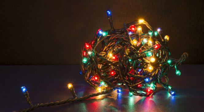 ไฟสำหรับฉลองเทศกาลคริสมาสต์ผลิตอย่างไร?