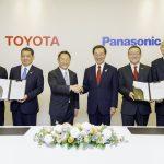 Toyota จับมือ Panasonic สร้างแบตเตอรี่ EV พลิกโฉมวงการ