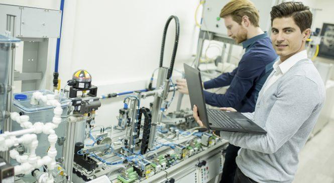 Review: เปลี่ยนวินโดว์-พีซี ให้เป็น PLC ด้วย RTX