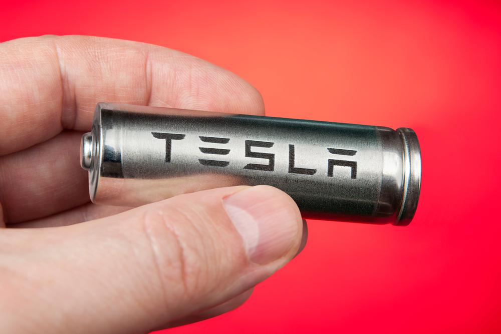 แบตเตอรี่ EV อายุการใช้งาน 1 ล้านไมล์ ทีเด็ดใหม่จาก TESLA | Modern  Manufacturing