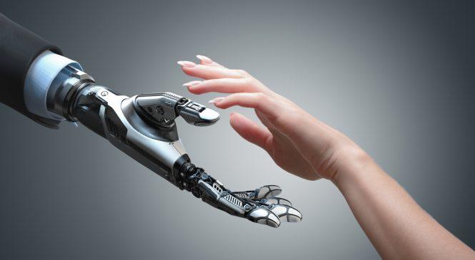 หุ่นยนต์ (Bots) จะทำงานได้อย่างสมบูรณ์มากขึ้นเมื่อทำงานร่วมกับมนุษย์