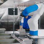 จ้างหุ่นยนต์ในร้าน Fast Food ถูกกว่าจ้างมนุษย์ แค่ชั่วโมงละ 3 ดอลลาร์สหรัฐฯ